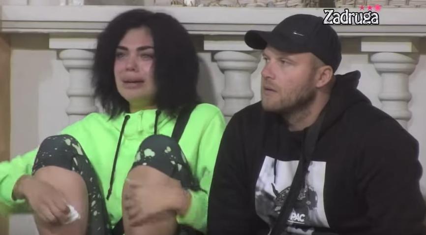 NIJE JOJ DOBRO: Vladimir Tomović izjavio da ne želi vezu, Mina Vrbaški grcala u suzama (VIDEO)