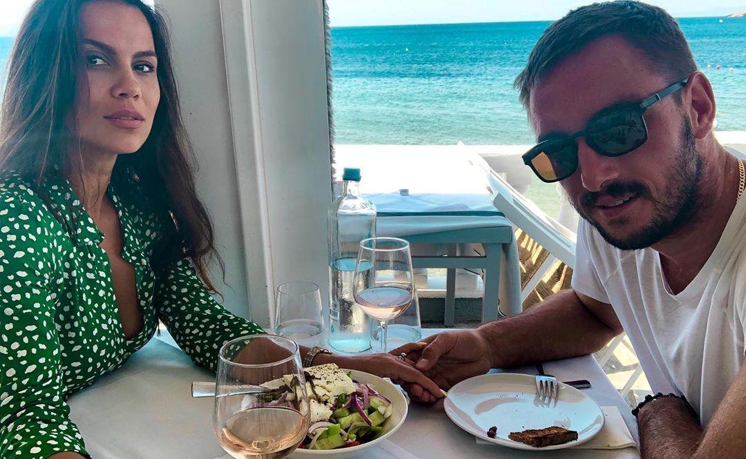 ŽURKA ZA NASLEDNICU: Aleksandra i Viktor Troicki upriličili proslavu povodom 4. rođendana ćerke Irine (FOTO)