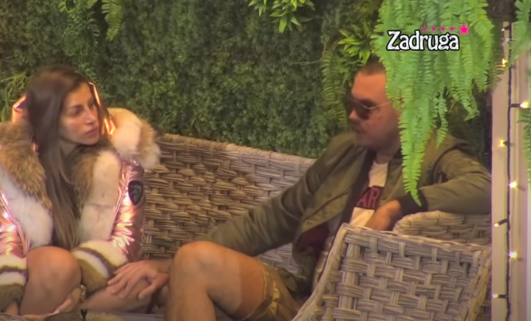 PALI PRVI NEŽNI DODIRI: Filip Car ne prestaje da flertuje sa Dalilom, zadrugar otišao korak dalje! (VIDEO)